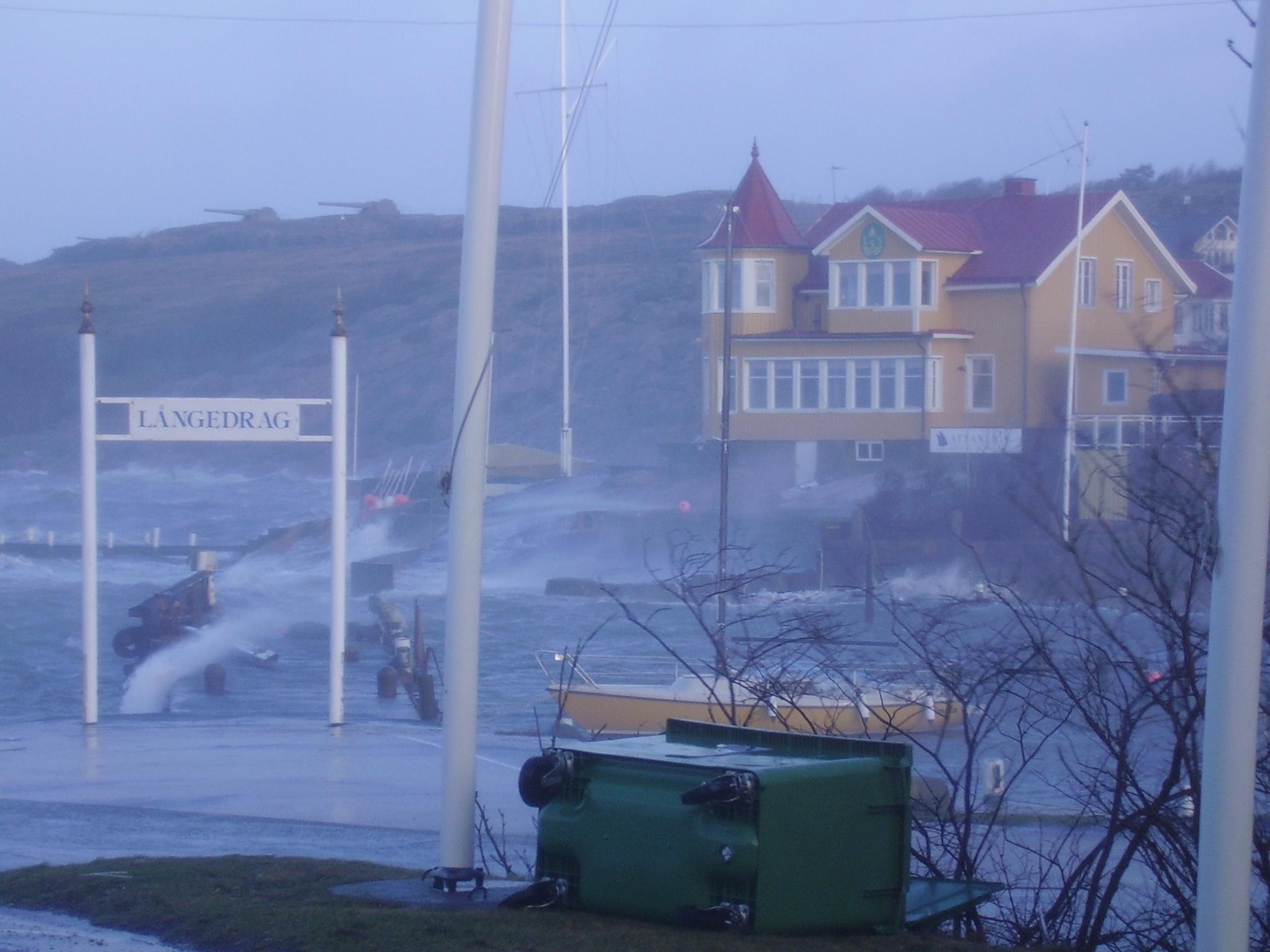 storm vid kusten i Långevad