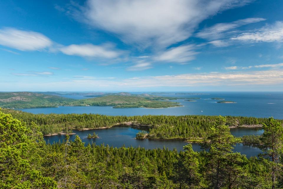Vy över Höga kusten från Skuleskogens nationalpark