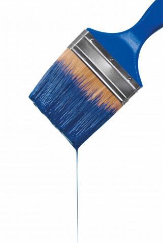 Pensel med droppande färg